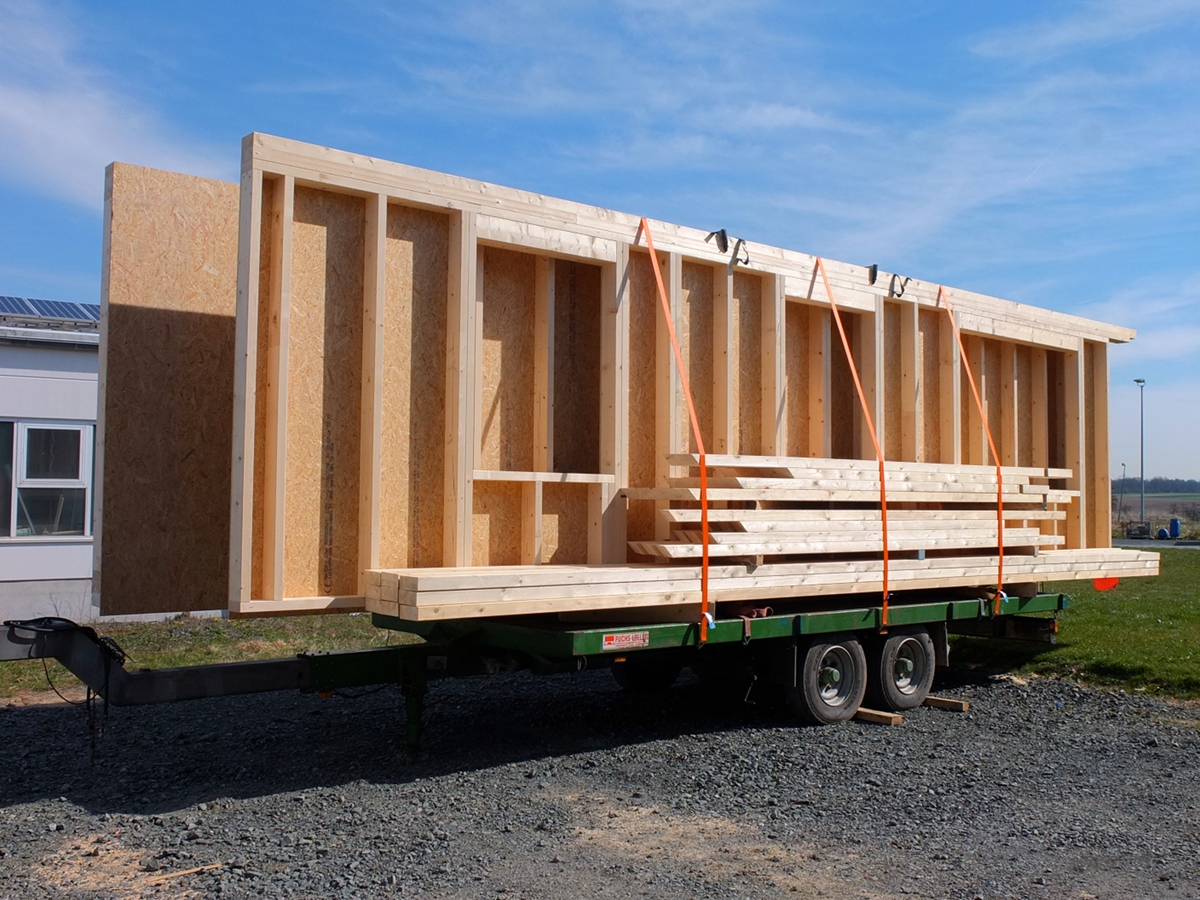 ein neues dach ist gold wert dachsanierung und aufstockung zimmerei ergang in gie en. Black Bedroom Furniture Sets. Home Design Ideas